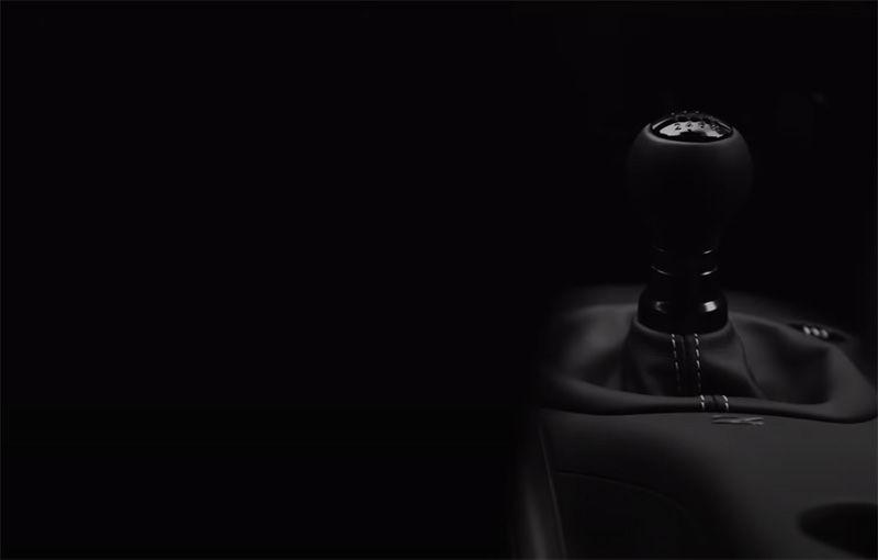 Nissan a publicat un nou teaser video cu viitorul Z Proto: modelul sport va avea transmisie manuală și va fi prezentat în 15 septembrie - Poza 1