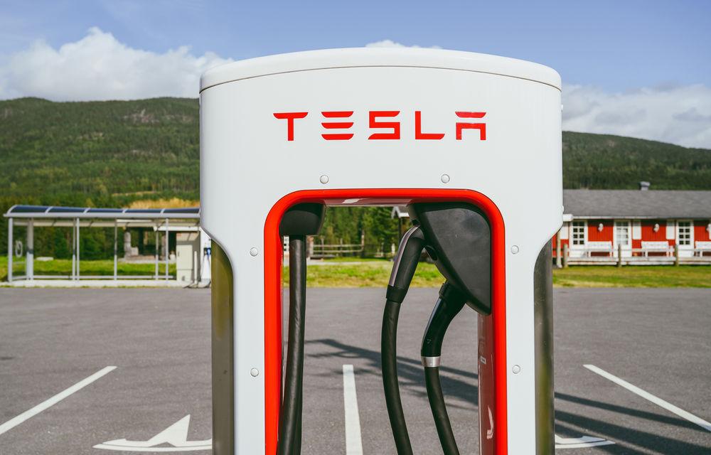"""Tesla a instalat prima stație Supercharger în Berlin și pregătește expansiunea: """"Vor urma și alte orașe din Europa"""" - Poza 1"""
