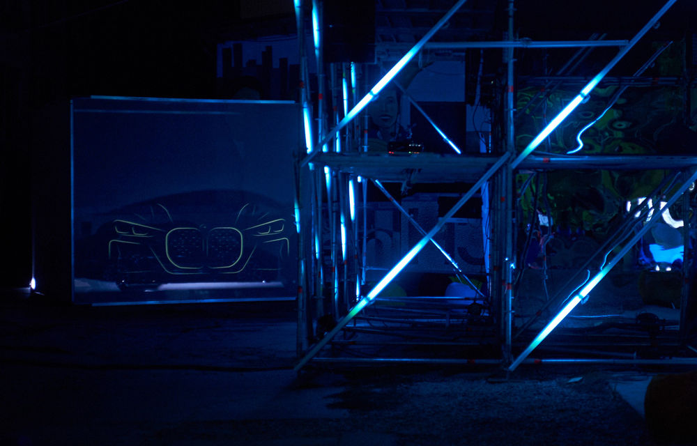 """Avanpremieră în România: noul BMW Seria 4 Coupe a fost prezentat în cadrul proiectului de artă românesc """"Who Am I?"""" - Poza 1"""