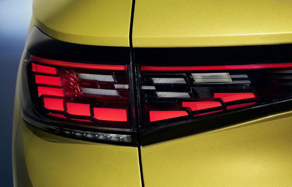 Imagini cu farurile și stopurile lui Volkswagen ID.4: SUV-ul electric va avea o autonomie maximă de 520 de kilometri - Poza 2