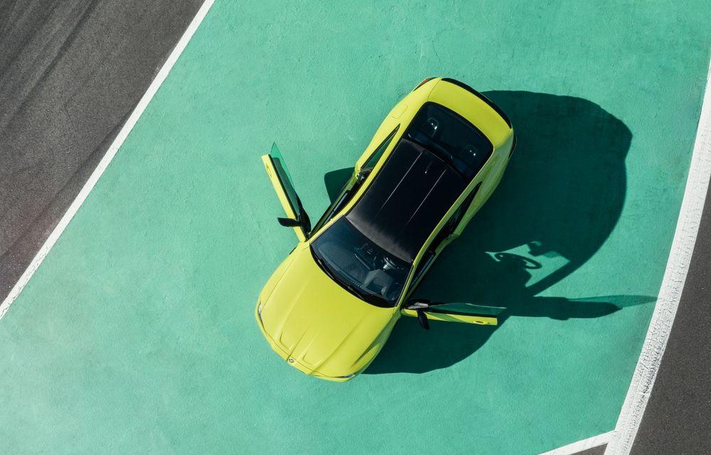 BMW a prezentat noile M3 și M4 Coupe: versiune de bază cu 480 CP și cutie manuală, și variantă Competition cu 510 CP și tracțiune integrală - Poza 52