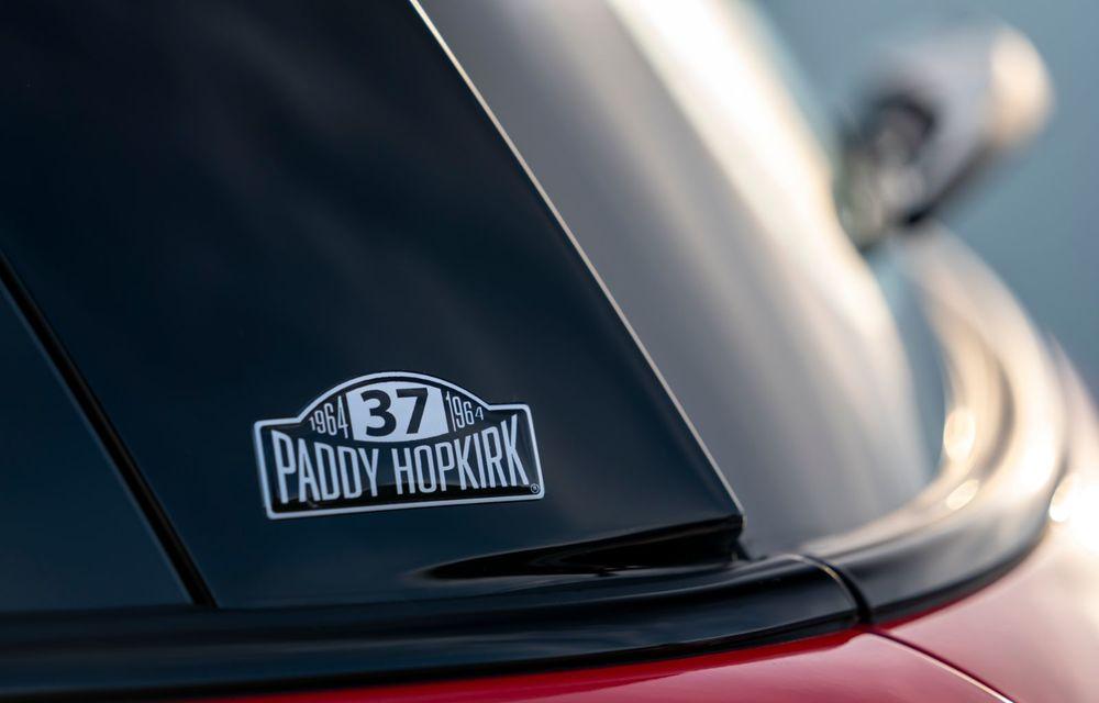 Hatchback-ul Mini este disponibil în versiunea specială Paddy Hopkirk Edition: varianta a fost dezvoltată în onoarea pilotului care a adus prima victorie Mini la Raliul Monte Carlo - Poza 60