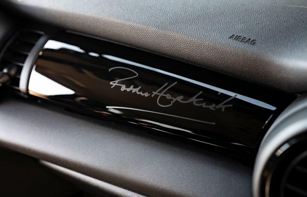 Hatchback-ul Mini este disponibil în versiunea specială Paddy Hopkirk Edition: varianta a fost dezvoltată în onoarea pilotului care a adus prima victorie Mini la Raliul Monte Carlo - Poza 50