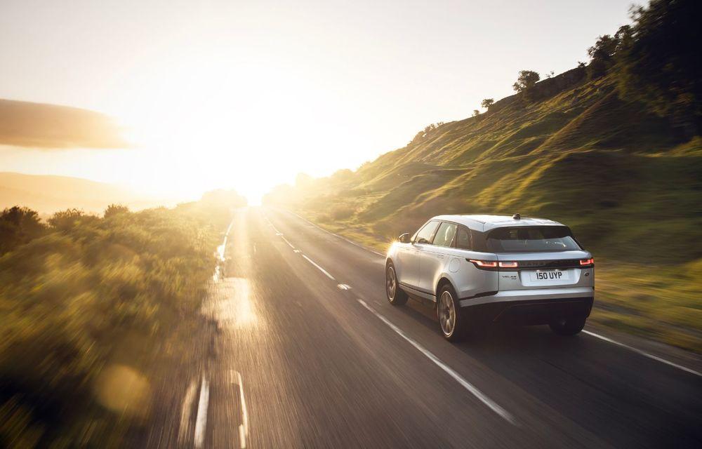 Noutăți pentru Range Rover Velar: versiune plug-in hybrid și motorizări diesel și benzină cu sistem mild-hybrid - Poza 9