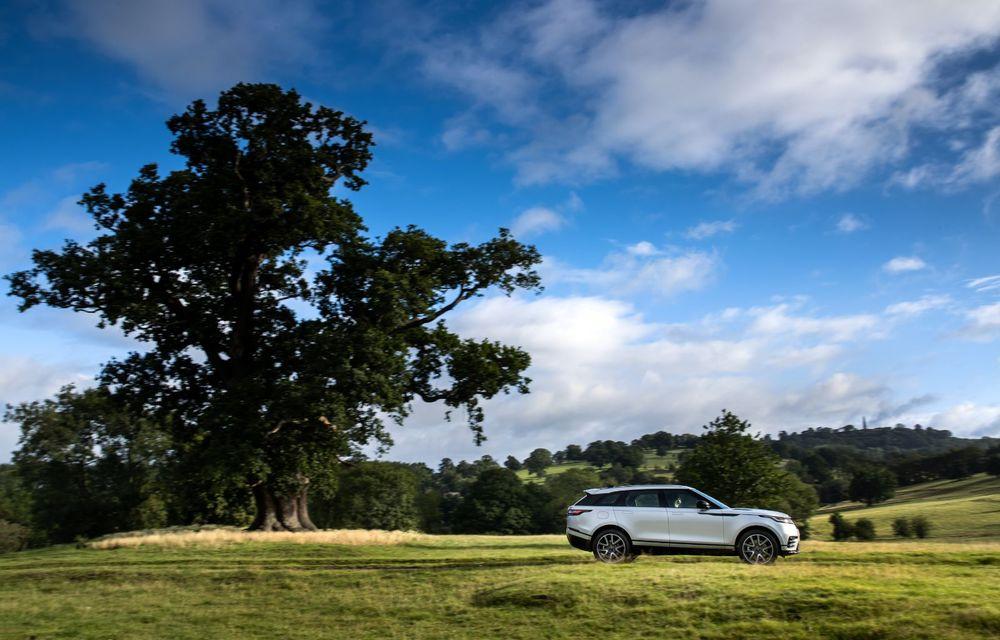 Noutăți pentru Range Rover Velar: versiune plug-in hybrid și motorizări diesel și benzină cu sistem mild-hybrid - Poza 14