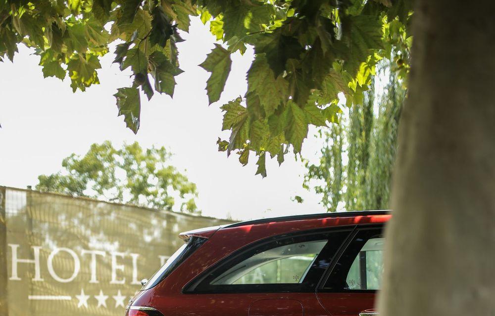 Mercedes-Benz Clasa E facelift a ajuns și în România: prim contact cu versiunile sedan, coupe și All-Terrain - Poza 54