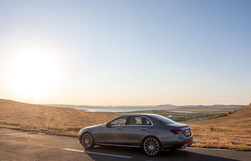 Mercedes-Benz Clasa E facelift a ajuns și în România: prim contact cu versiunile sedan, coupe și All-Terrain - Poza 26