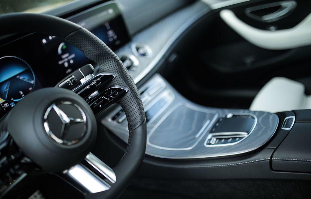 Mercedes-Benz Clasa E facelift a ajuns și în România: prim contact cu versiunile sedan, coupe și All-Terrain - Poza 59