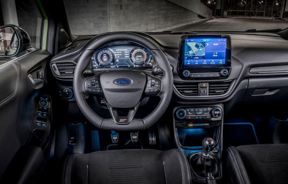 Noul Ford Puma ST este aici: primul model Ford Performance produs în România are motor EcoBoost de 1.5 litri ce dezvoltă 200 CP și o cutie manuală cu 6 trepte - Poza 2