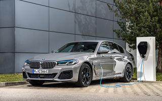 Îmbunătățiri în gama BMW: versiuni plug-in hybrid pentru Seria 5, motoare noi pentru modelele compacte și unități diesel mild-hybrid pentru Seria 3 și Seria 8