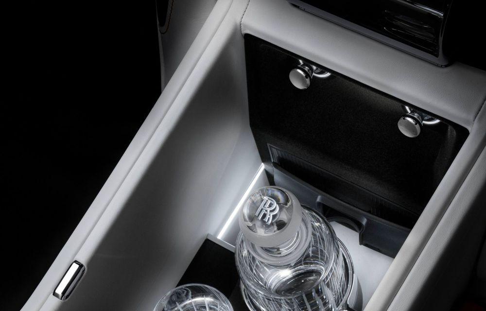 Rolls-Royce prezintă noul Ghost Extended: ampatament mai mare cu 170 mm și mai mult spațiu pentru pasagerii din spate - Poza 10