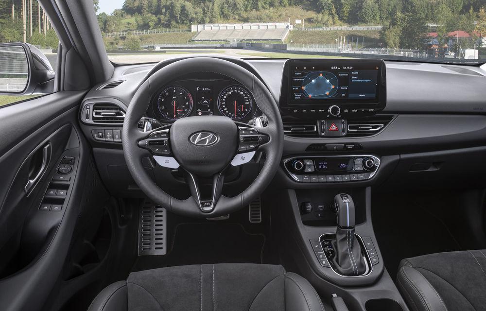 Hyundai a prezentat i30 N facelift: versiunea de performanță are până la 280 de cai putere și primește în premieră transmisie automată - Poza 3