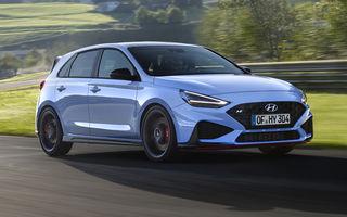 Hyundai a prezentat i30 N facelift: versiunea de performanță are până la 280 de cai putere și primește în premieră transmisie automată