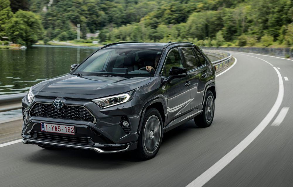 Informații noi despre Toyota RAV4 plug-in hybrid: autonomie electrică de până la 75 de kilometri și 0-100 km/h în doar 6 secunde - Poza 3