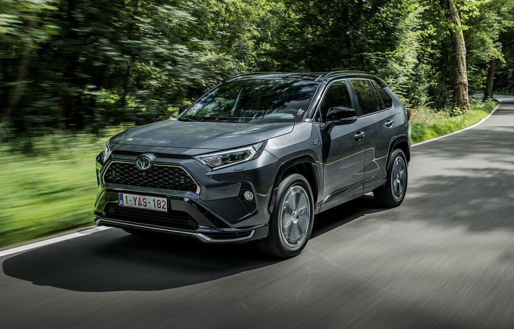 Informații noi despre Toyota RAV4 plug-in hybrid: autonomie electrică de până la 75 de kilometri și 0-100 km/h în doar 6 secunde - Poza 1