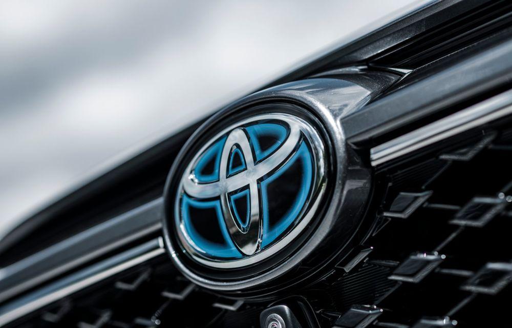 Informații noi despre Toyota RAV4 plug-in hybrid: autonomie electrică de până la 75 de kilometri și 0-100 km/h în doar 6 secunde - Poza 32