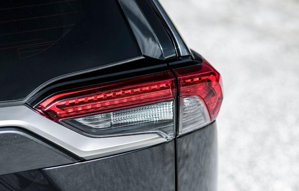 Informații noi despre Toyota RAV4 plug-in hybrid: autonomie electrică de până la 75 de kilometri și 0-100 km/h în doar 6 secunde - Poza 35