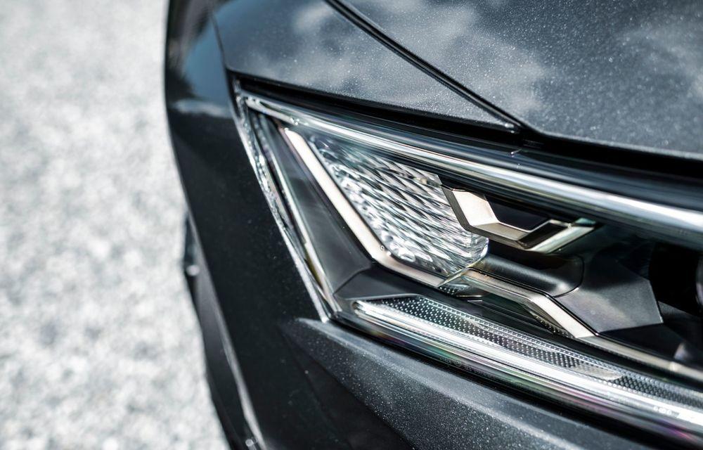 Informații noi despre Toyota RAV4 plug-in hybrid: autonomie electrică de până la 75 de kilometri și 0-100 km/h în doar 6 secunde - Poza 34