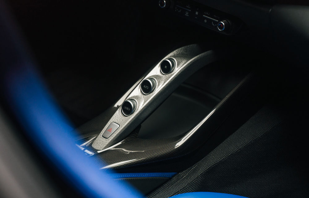 Ferrari Omologata: italienii au realizat un supercar unicat bazat pe 812 Superfast cu motor V12 de 800 de cai putere - Poza 11