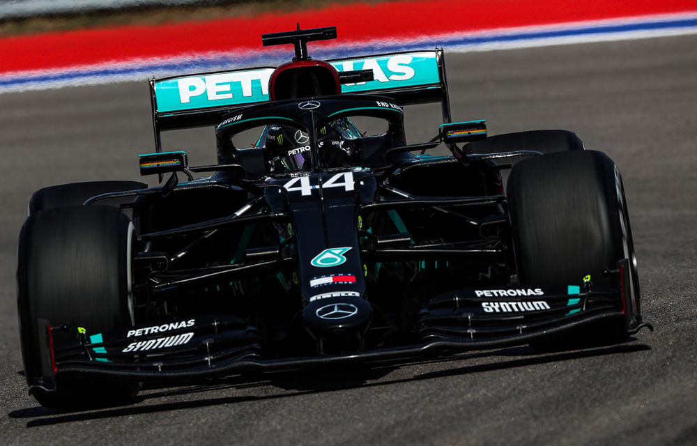 Hamilton, pole position în Rusia în fața lui Verstappen și Bottas! Vettel, doar locul 15 după un accident - Poza 1