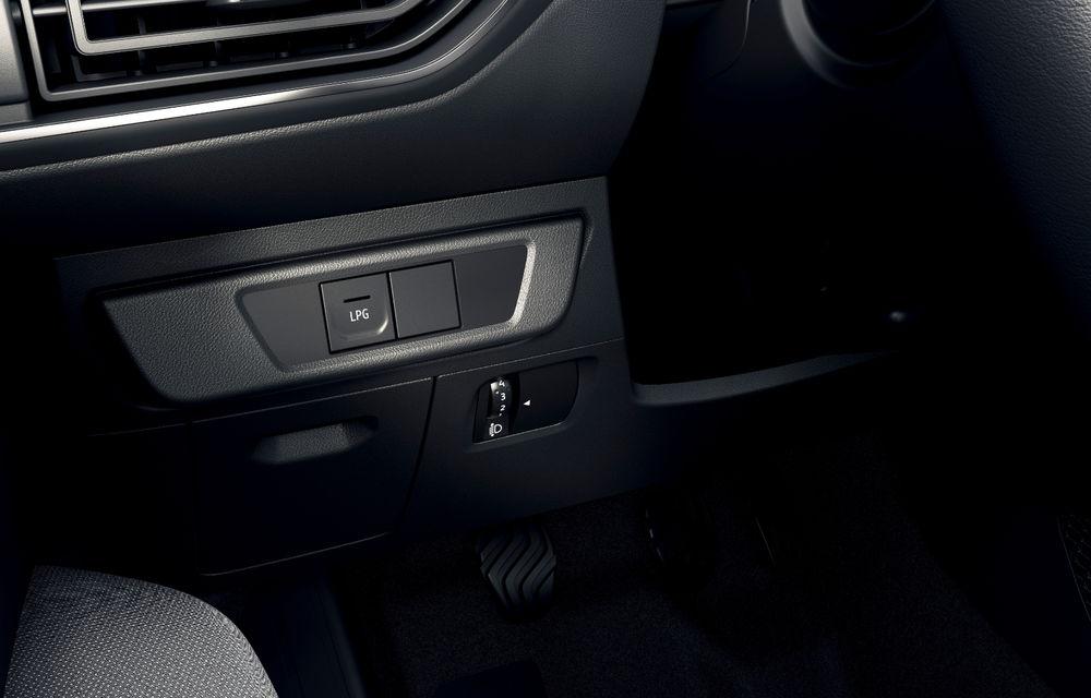 Noile Dacia Logan, Sandero și Sandero Stepway: design modern, interior îmbunătățit, cutie automată CVT și fără motorizări diesel - Poza 52