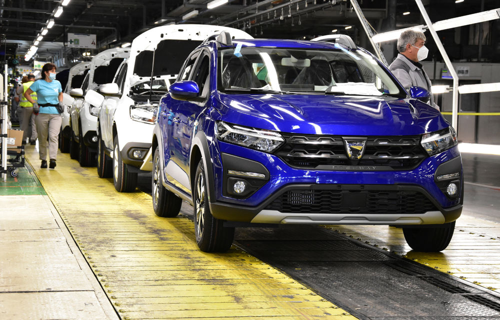 Noile Dacia Logan, Sandero și Sandero Stepway: design modern, interior îmbunătățit, cutie automată CVT și fără motorizări diesel - Poza 121