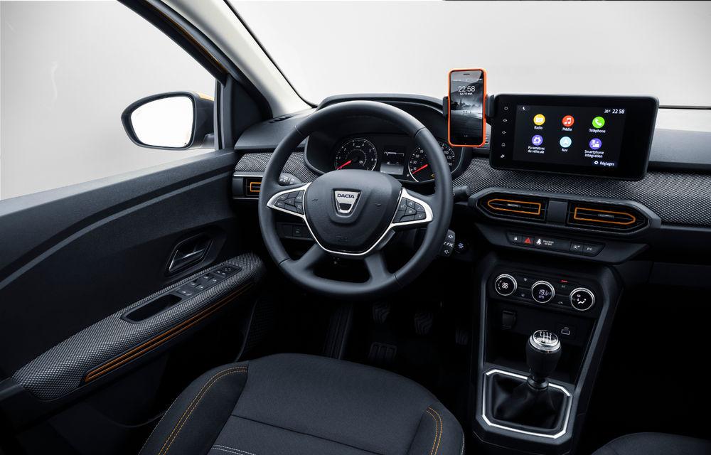 Noile Dacia Logan, Sandero și Sandero Stepway: design modern, interior îmbunătățit, cutie automată CVT și fără motorizări diesel - Poza 112