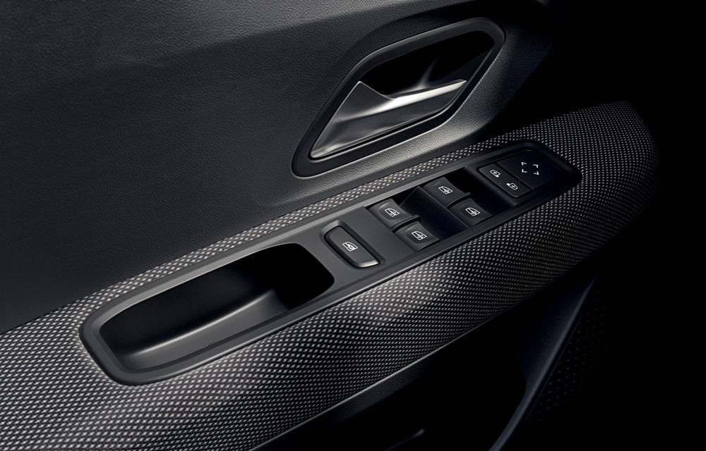 Noile Dacia Logan, Sandero și Sandero Stepway: design modern, interior îmbunătățit, cutie automată CVT și fără motorizări diesel - Poza 60