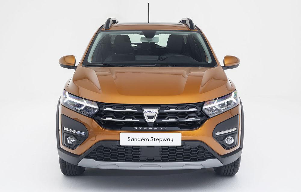 Noile Dacia Logan, Sandero și Sandero Stepway: design modern, interior îmbunătățit, cutie automată CVT și fără motorizări diesel - Poza 72