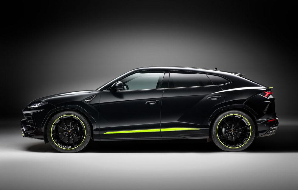 Lamborghini Urus primește noul pachet de design Graphite Capsule: patru noi culori de caroserie și jante de 23 inch - Poza 3