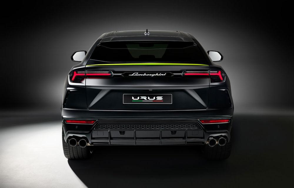 Lamborghini Urus primește noul pachet de design Graphite Capsule: patru noi culori de caroserie și jante de 23 inch - Poza 5