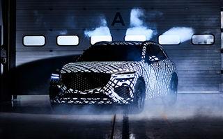 Primele imagini cu prototipul viitorului Genesis GV70: SUV-ul de clasă medie va fi introdus și pe piața din Europa