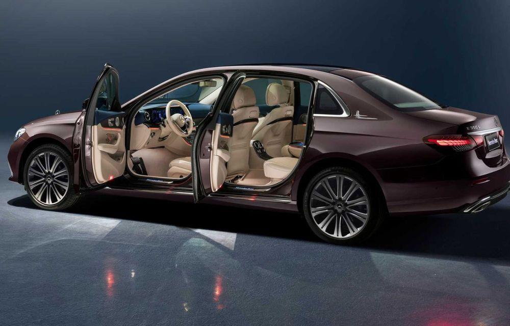 Mercedes-Benz a prezentat versiunea cu ampatament mărit a lui Clasa E facelift: modelul va fi disponibil doar pe piața din China - Poza 4