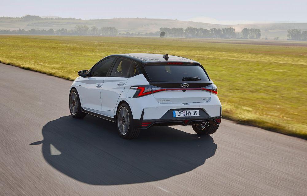Noua generație Hyundai i20 primește versiune N-Line: noutăți de design și suspensii îmbunătățite - Poza 4
