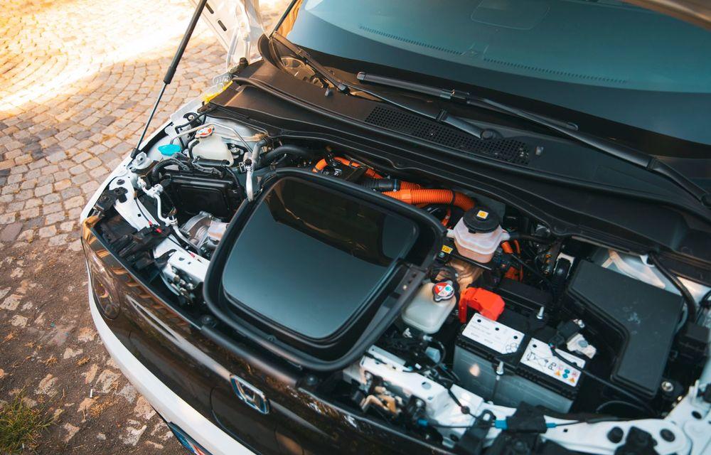 Honda versus jungla urbană: hibridul Jazz față în față în față cu electricul Honda e - Poza 37