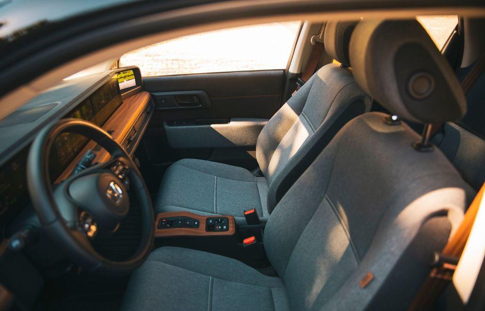 Honda versus jungla urbană: hibridul Jazz față în față în față cu electricul Honda e - Poza 35