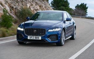 Jaguar XF primește un facelift: sistem de infotainment de 11.4 inch, motor pe benzină de până la 300 CP și diesel mild-hybrid de 204 CP