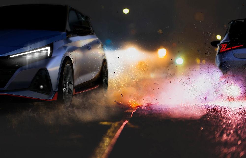 Hyundai a publicat primele teasere cu viitorul i20 N: Hot Hatch-ul de clasă mică va avea 204 CP și cutie manuală cu șase trepte - Poza 1