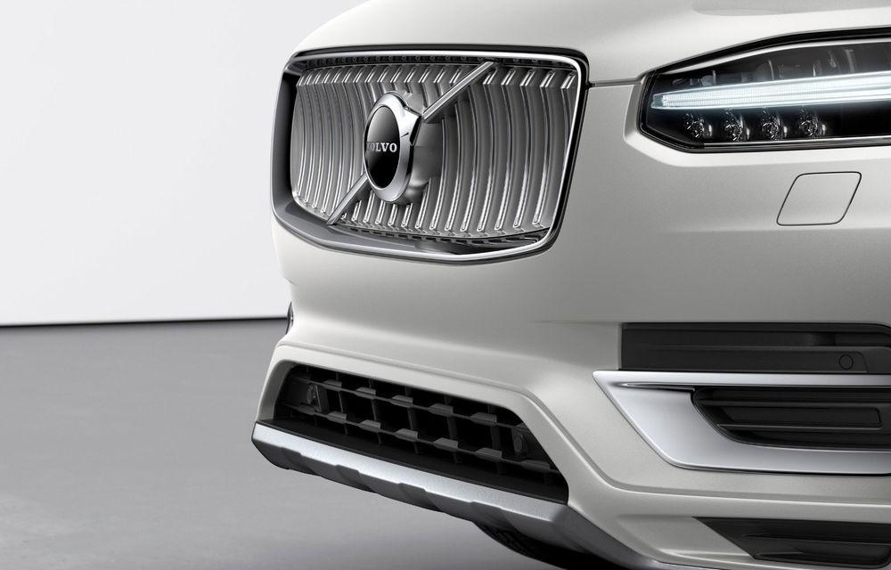 Informații neoficiale: Volvo pregătește un SUV XC100 cu motoare pe benzină și versiuni plug-in hybrid și electrice - Poza 1