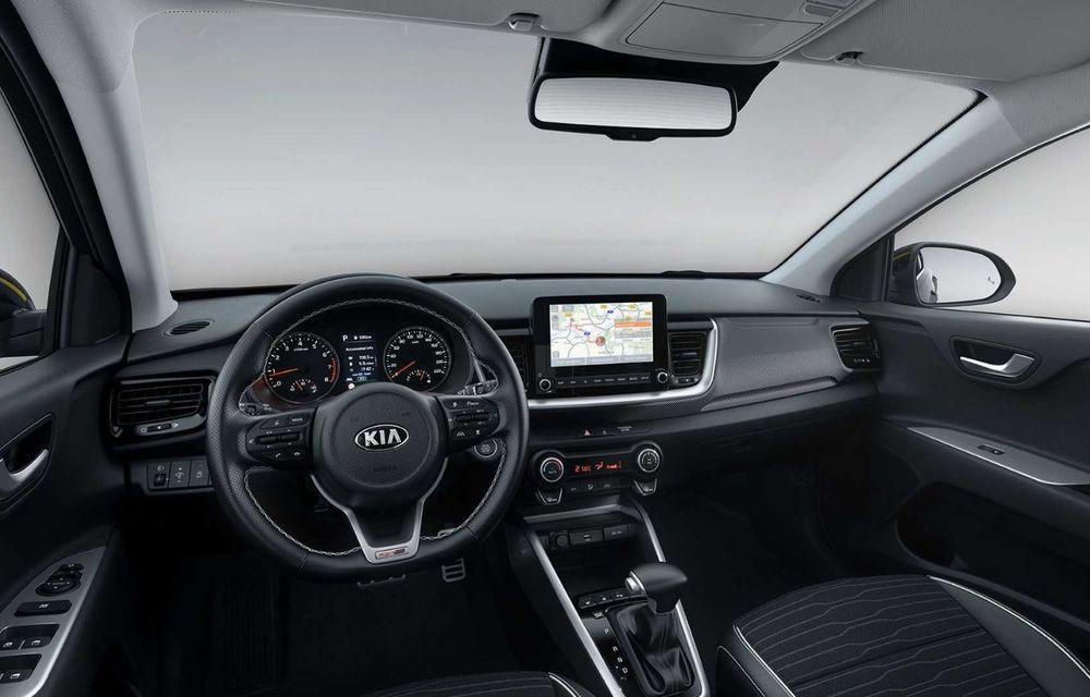 Kia introduce versiunea GT Line și pentru Stonic facelift: accesorii speciale de exterior și noutăți la interior - Poza 8