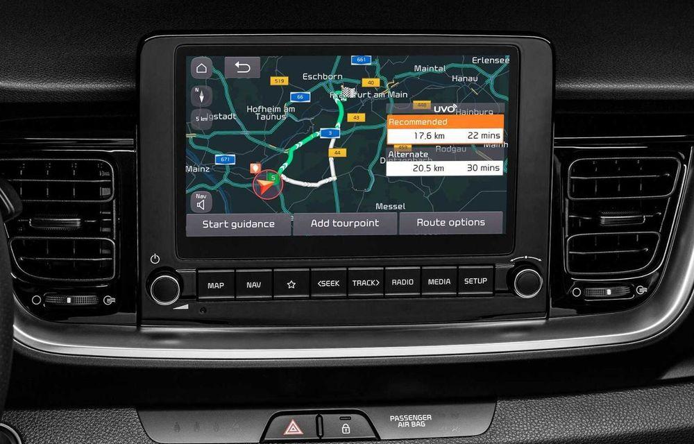 Kia introduce versiunea GT Line și pentru Stonic facelift: accesorii speciale de exterior și noutăți la interior - Poza 10