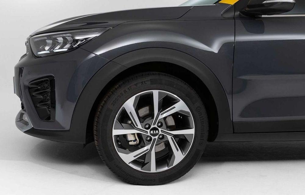 Kia introduce versiunea GT Line și pentru Stonic facelift: accesorii speciale de exterior și noutăți la interior - Poza 4