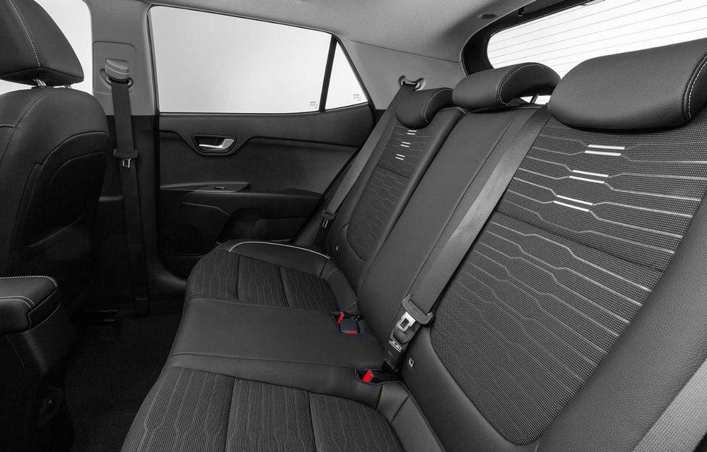 Kia introduce versiunea GT Line și pentru Stonic facelift: accesorii speciale de exterior și noutăți la interior - Poza 11