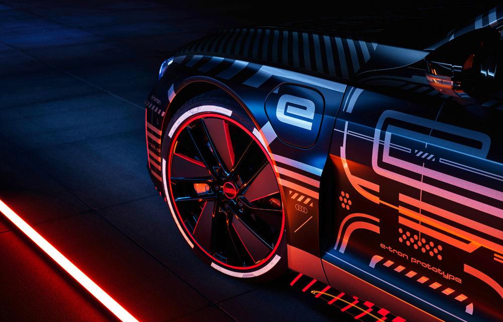Audi publică teasere cu versiunea de serie a lui e-tron GT: sportiva electrică va avea autonomie de 400 de kilometri - Poza 4
