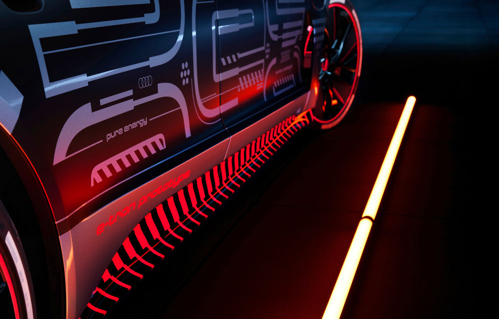Audi publică teasere cu versiunea de serie a lui e-tron GT: sportiva electrică va avea autonomie de 400 de kilometri - Poza 30