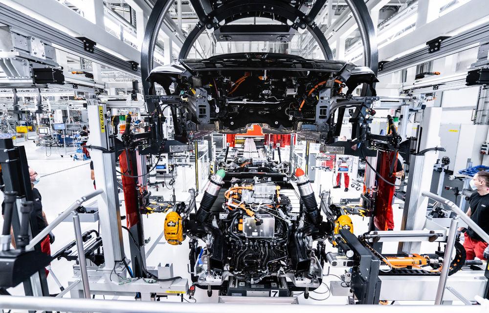 Audi publică teasere cu versiunea de serie a lui e-tron GT: sportiva electrică va avea autonomie de 400 de kilometri - Poza 94