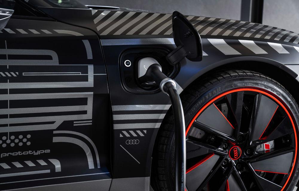 Audi publică teasere cu versiunea de serie a lui e-tron GT: sportiva electrică va avea autonomie de 400 de kilometri - Poza 70