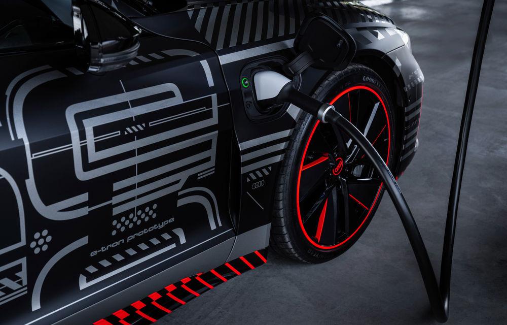 Audi publică teasere cu versiunea de serie a lui e-tron GT: sportiva electrică va avea autonomie de 400 de kilometri - Poza 68