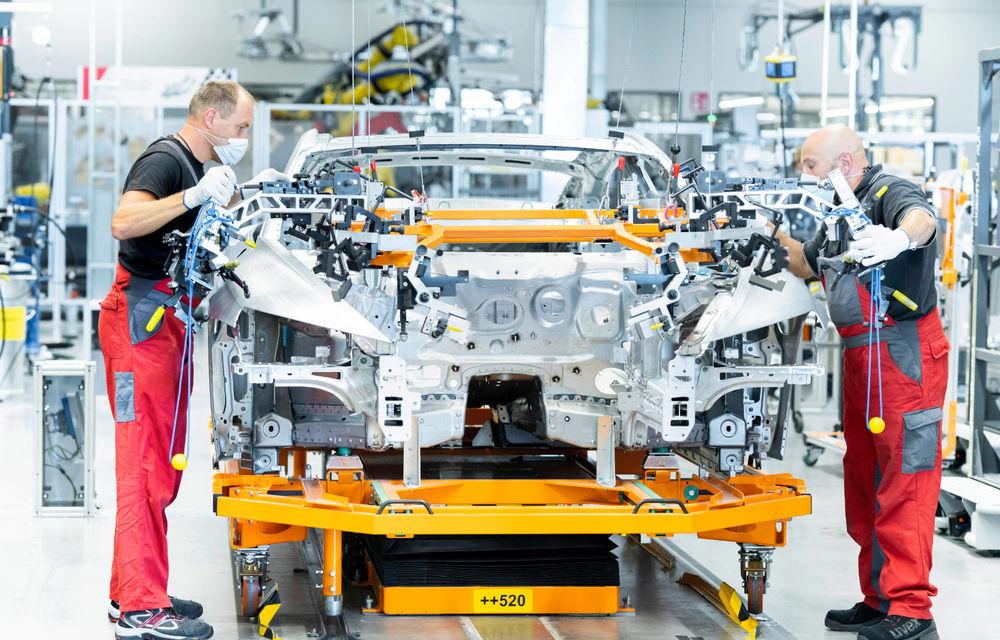 Audi publică teasere cu versiunea de serie a lui e-tron GT: sportiva electrică va avea autonomie de 400 de kilometri - Poza 88
