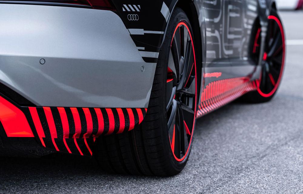 Audi publică teasere cu versiunea de serie a lui e-tron GT: sportiva electrică va avea autonomie de 400 de kilometri - Poza 50